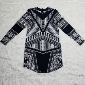 H&M Abstract Print Long Sleeve Dress Size XS